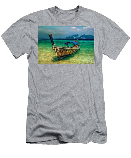 Asian Longboat Men's T-Shirt (Athletic Fit)