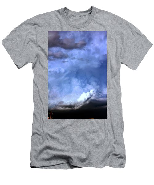 There Be A Storm A Brewin In Nebraska Men's T-Shirt (Athletic Fit)