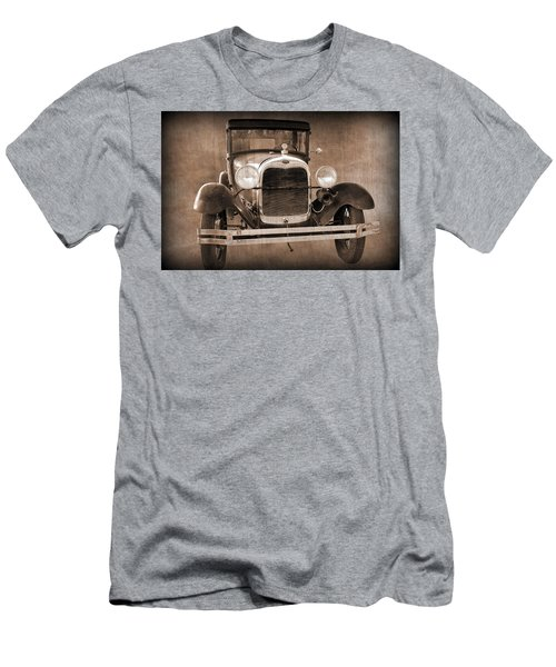 1928 Ford Model A Coupe Men's T-Shirt (Athletic Fit)