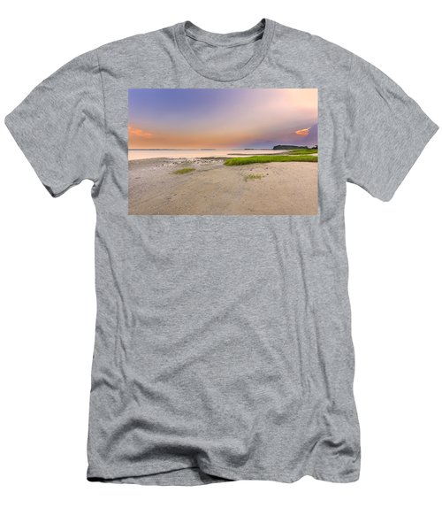 Hilton Head Island Men's T-Shirt (Athletic Fit)