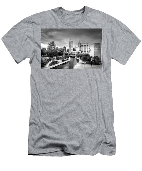 Indianapolis Men's T-Shirt (Athletic Fit)
