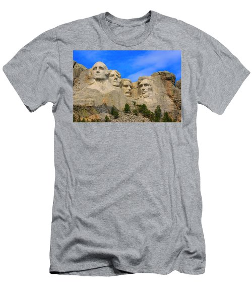 Mount Rushmore South Dakota Men's T-Shirt (Athletic Fit)