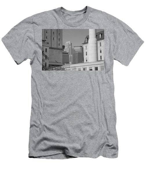 Minneapolis Men's T-Shirt (Athletic Fit)
