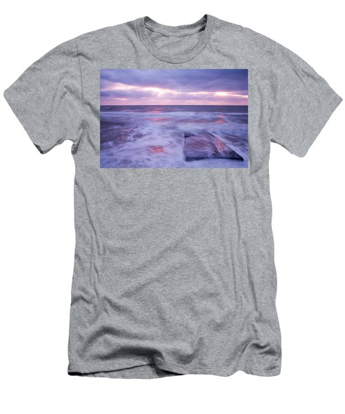 Ballyconnigar Strand At Dawn Men's T-Shirt (Athletic Fit)