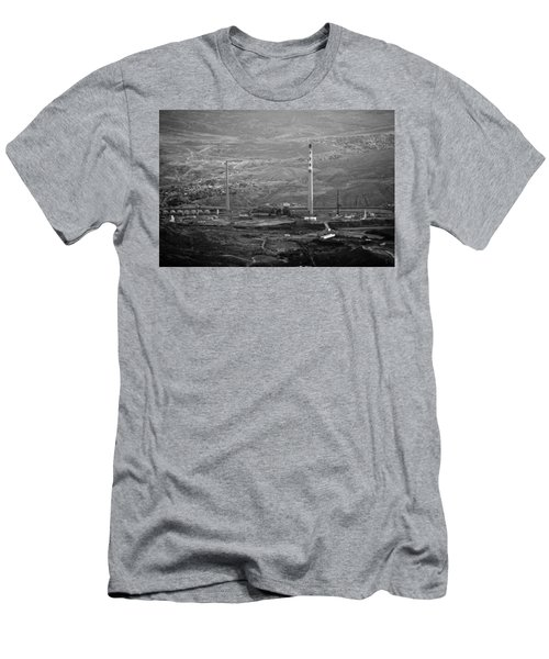 Abandoned Smokestacks Men's T-Shirt (Athletic Fit)