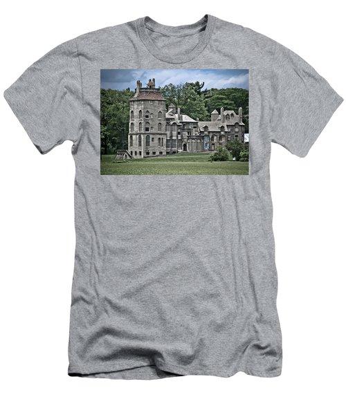 Amazing Fonthill Castle Men's T-Shirt (Athletic Fit)