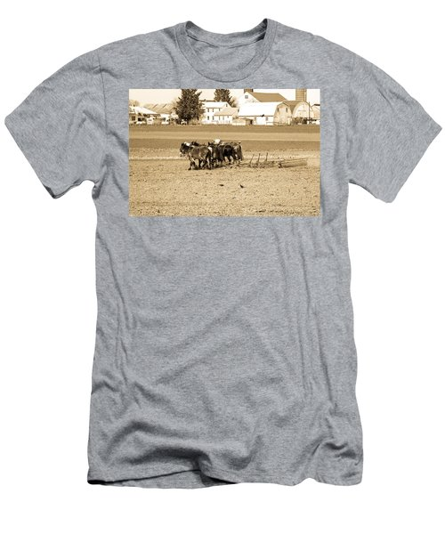 Amish Farm Men's T-Shirt (Athletic Fit)