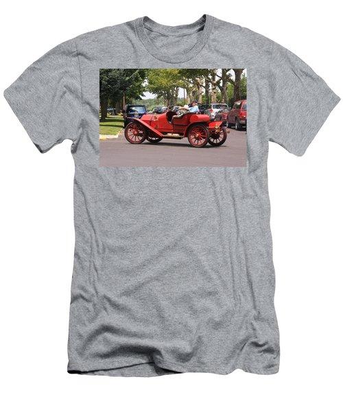 Antique Car Men's T-Shirt (Athletic Fit)