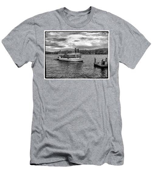Arrowhead Queen Paddlewheel Boat Men's T-Shirt (Athletic Fit)