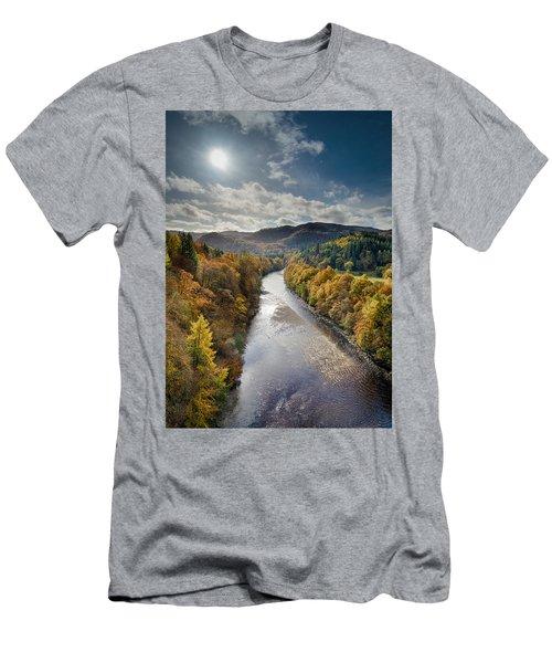 Autumn On The River Garry Men's T-Shirt (Athletic Fit)