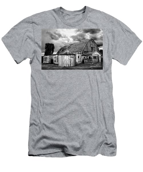Barn 66 Men's T-Shirt (Athletic Fit)