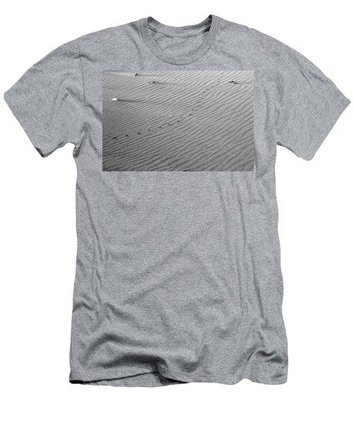 Bird Prints On Beach Men's T-Shirt (Athletic Fit)