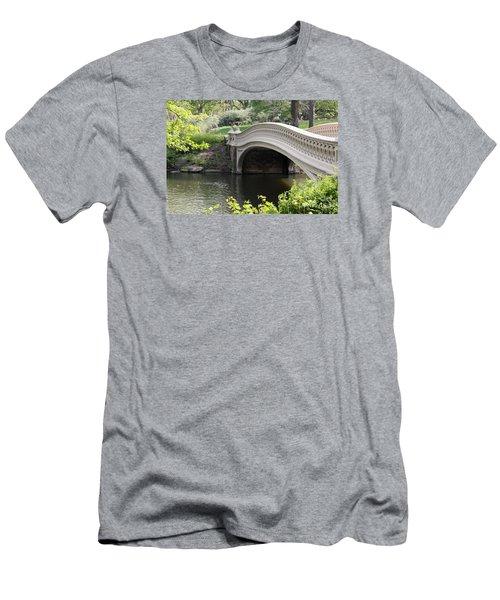 Bow Bridge Iv Men's T-Shirt (Athletic Fit)