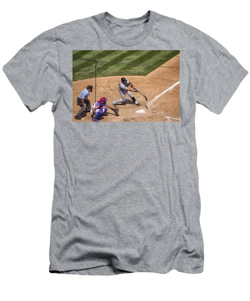 Broken Bat Men's T-Shirt (Slim Fit)