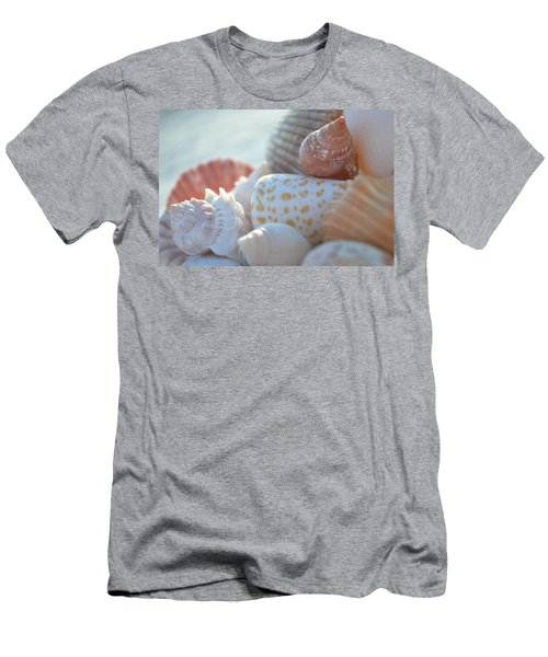 By The Seashore Men's T-Shirt (Athletic Fit)