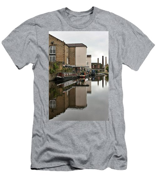 Canal And Chimneys Men's T-Shirt (Athletic Fit)