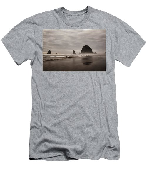 Cannon Beach Needles Men's T-Shirt (Athletic Fit)