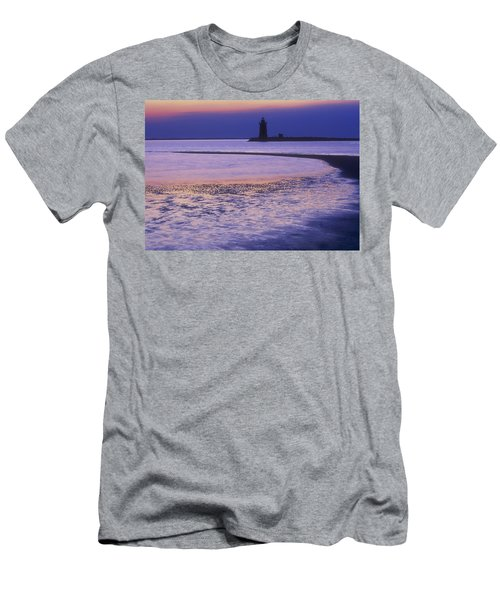 Cape Henlopen Lighthouse Men's T-Shirt (Athletic Fit)