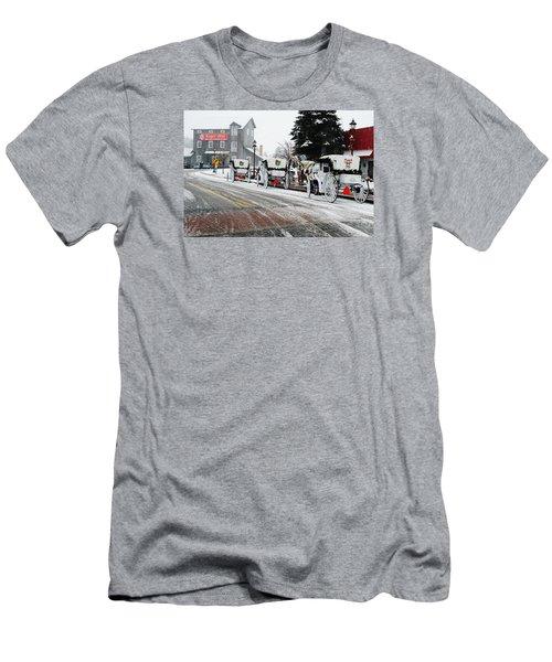 Carriage Ride Men's T-Shirt (Slim Fit)