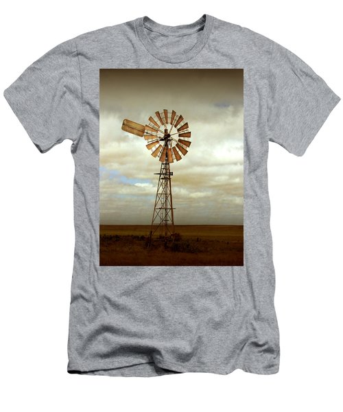 Catch The Wind Men's T-Shirt (Slim Fit) by Holly Kempe