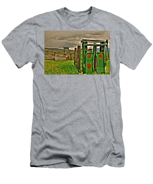 Cattle Chute Men's T-Shirt (Slim Fit) by Sam Rosen