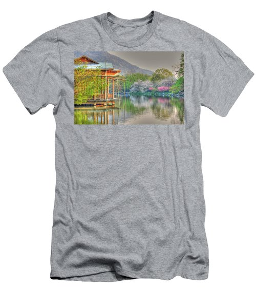 China Lake House Men's T-Shirt (Athletic Fit)