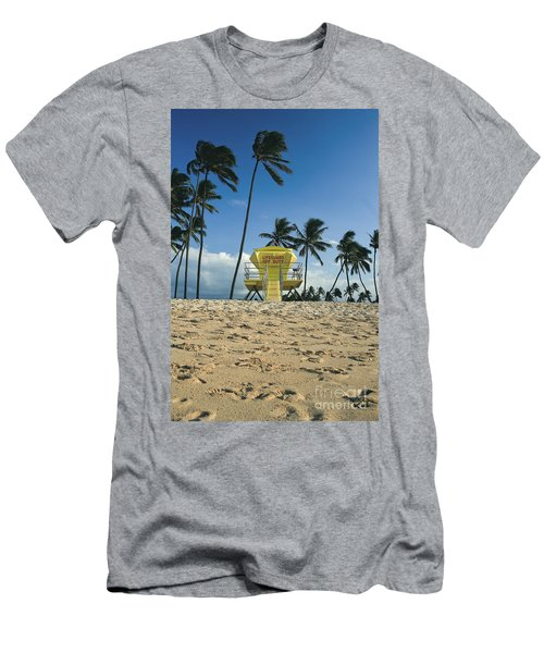 Closed Lifeguard Shack On A Deserted Tropical Beach With Palm Tr Men's T-Shirt (Athletic Fit)