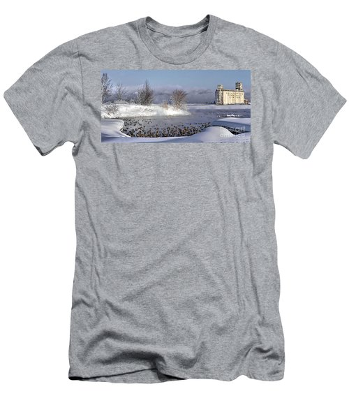 Collingwood Terminal Building In Winter  Men's T-Shirt (Athletic Fit)