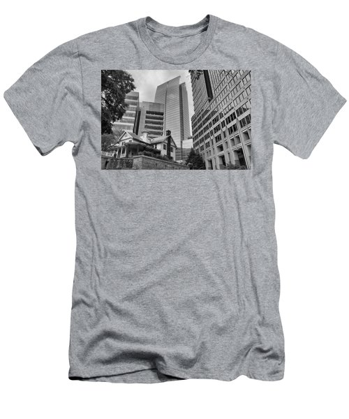 Contrasting Southern Architecture Men's T-Shirt (Athletic Fit)