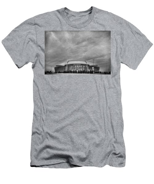 Cowboy Stadium Bw Men's T-Shirt (Athletic Fit)