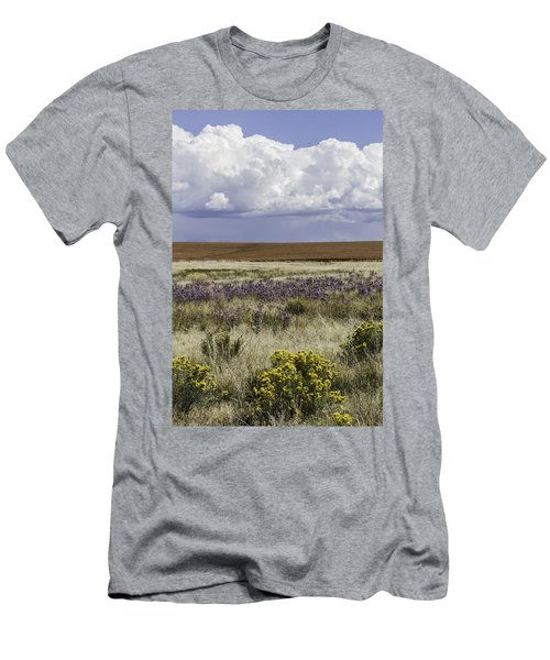 Dove Creek Fall Flowers Men's T-Shirt (Athletic Fit)