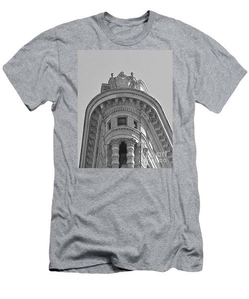 Flatiron Detail Men's T-Shirt (Slim Fit) by John Wartman