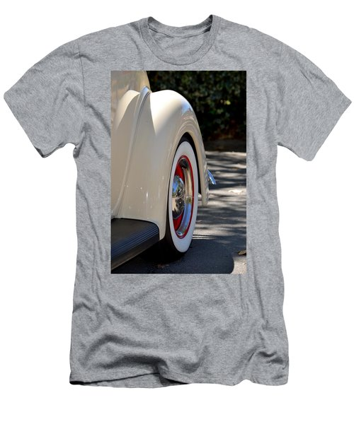 Ford Fender Men's T-Shirt (Athletic Fit)