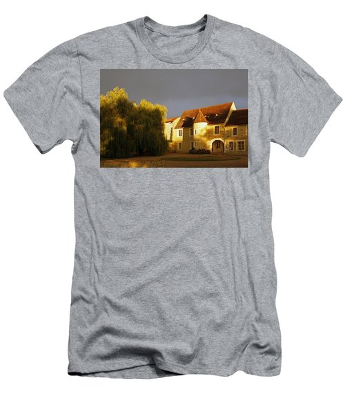 French House At Sunset Men's T-Shirt (Athletic Fit)