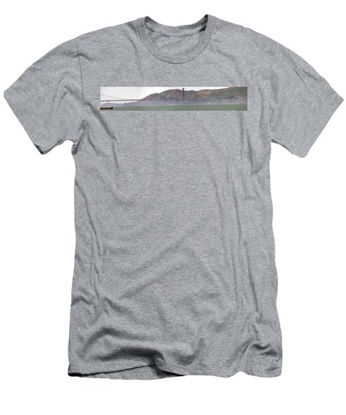 Golden Gate Bridge Panorama Men's T-Shirt (Athletic Fit)