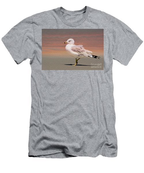 Gull Onthe Beach Men's T-Shirt (Athletic Fit)