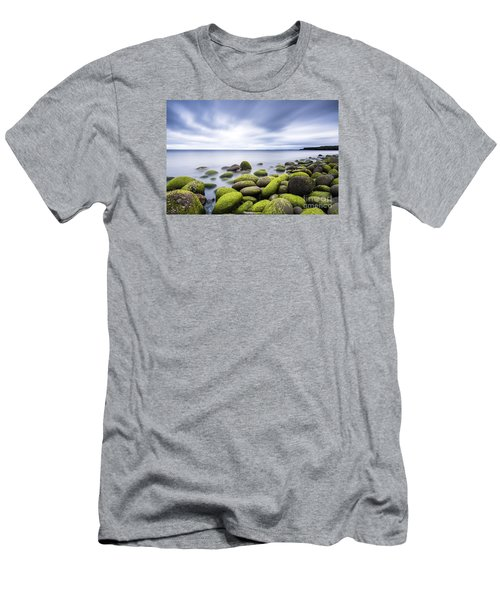 Iceland Tranquility 3 Men's T-Shirt (Athletic Fit)