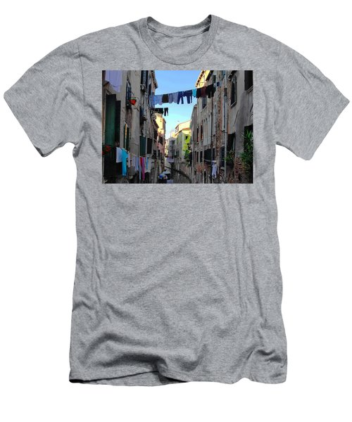 Italian Clotheslines Men's T-Shirt (Athletic Fit)