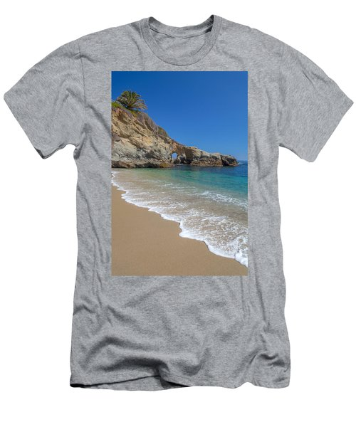 Keyhole Arch Laguna Beach Men's T-Shirt (Athletic Fit)