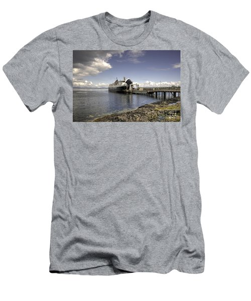 Loading The Ferry  Men's T-Shirt (Athletic Fit)