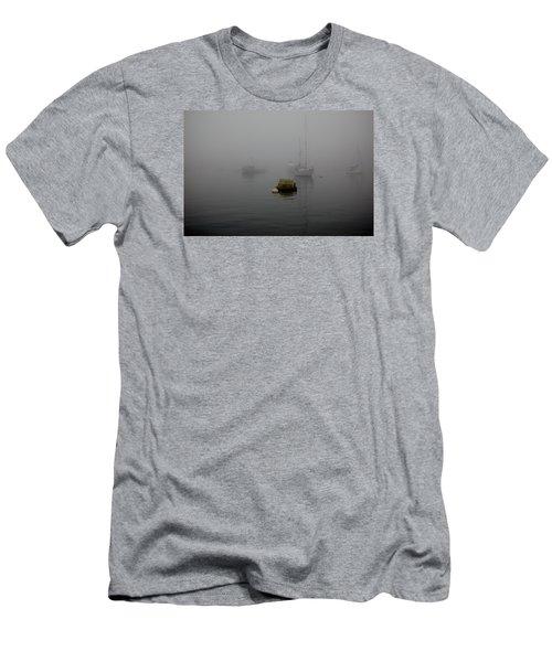 Lobster Pots Men's T-Shirt (Slim Fit)