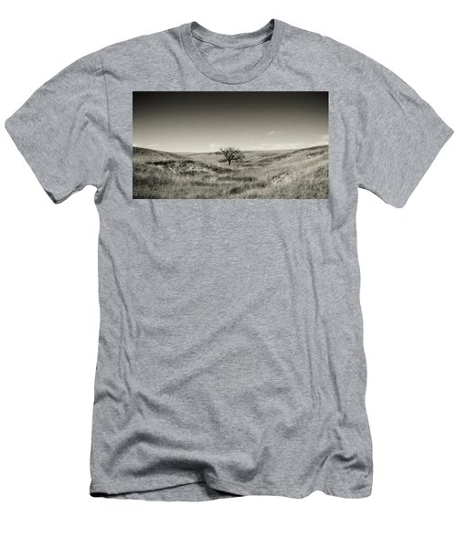 Lone Tree Winter Men's T-Shirt (Athletic Fit)