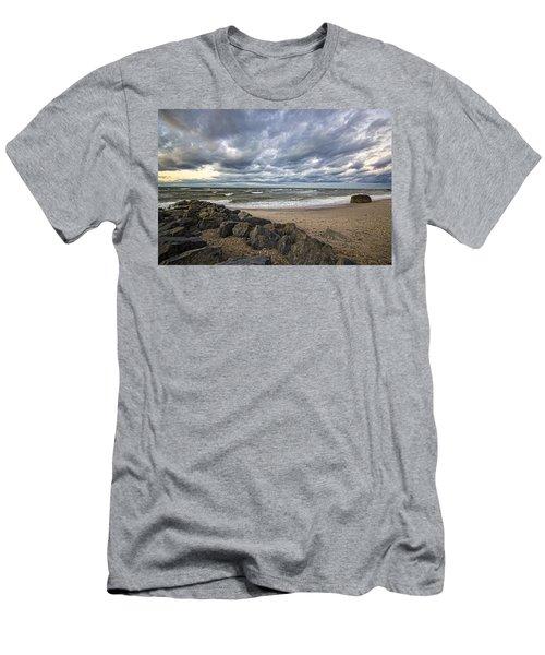 Long Island Sound Whitecaps Men's T-Shirt (Athletic Fit)