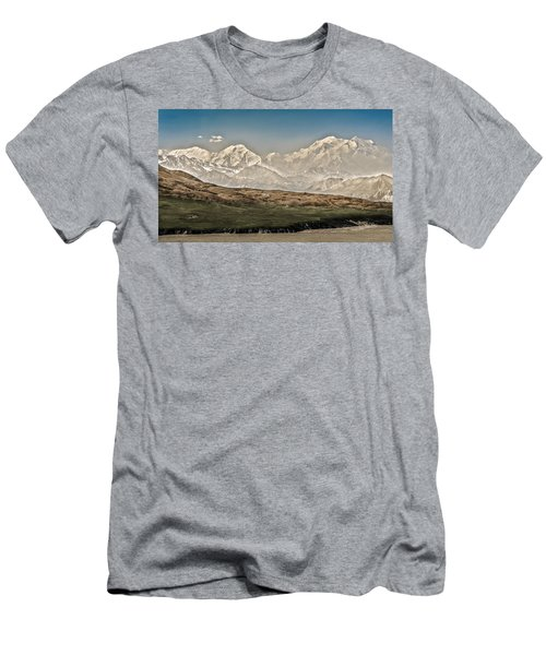 Majestic Mount Mckinley Men's T-Shirt (Athletic Fit)