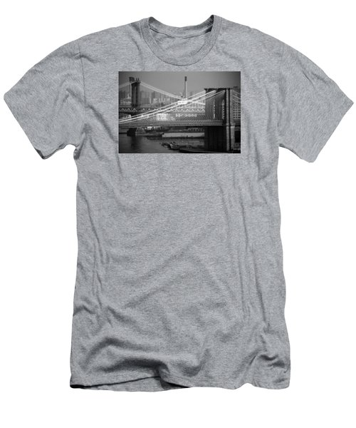 Manhattan And Brooklyn Bridge's Men's T-Shirt (Athletic Fit)