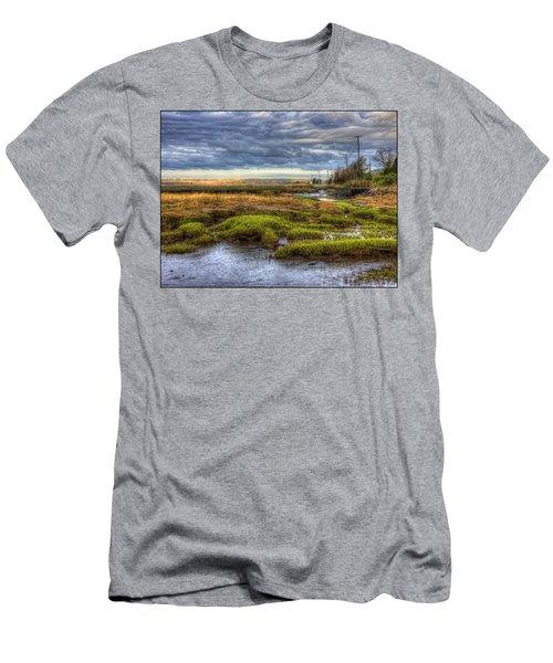 Merrimack River Marsh Men's T-Shirt (Athletic Fit)