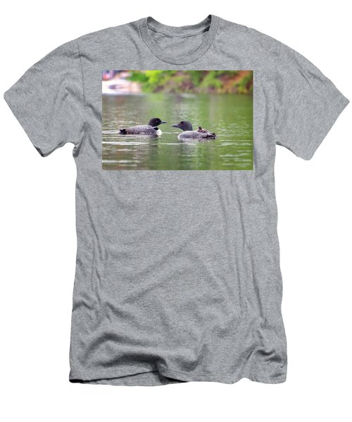 Mom And Dad Loon With Baby On Back Men's T-Shirt (Athletic Fit)