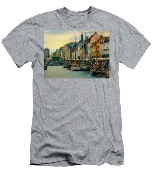 Nayhavn Street Men's T-Shirt (Athletic Fit)