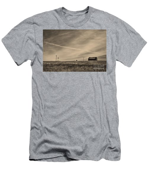 An Abandoned Nebraska Barn Men's T-Shirt (Athletic Fit)