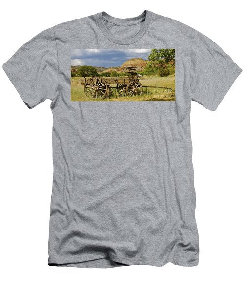New Photographic Art Print For Sale Ghost Ranch New Mexico 13 Men's T-Shirt (Athletic Fit)